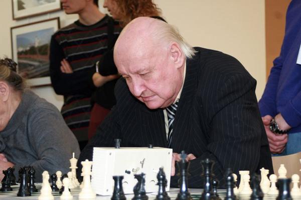 Олег Черников (15.10.1936 - 06.02.2015)