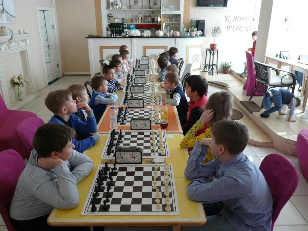 "Детский турнир по шахматам 29 марта в кафе ""Рокко""."
