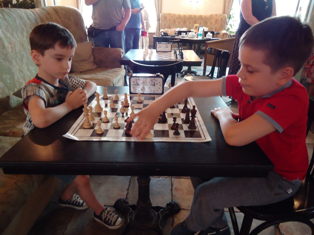 Детский шахматный турнир на Житной 10.
