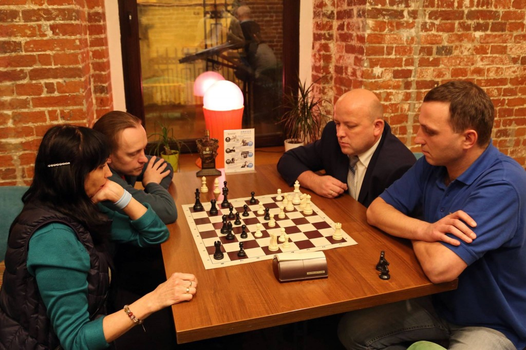 Турнир по парным шахматам в Москве 26 января.