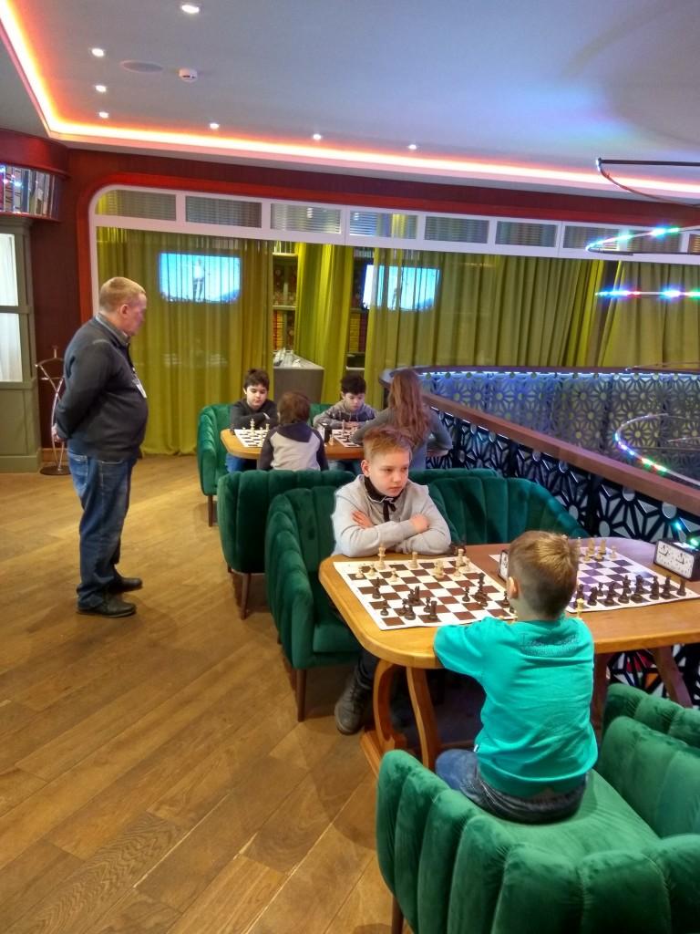 Шахматы в Урюке