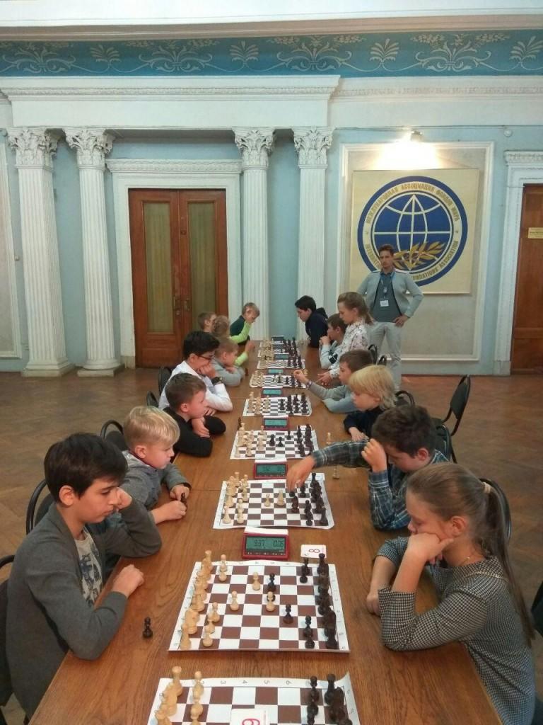 Детский турнир по шахматам в Фонде Мира